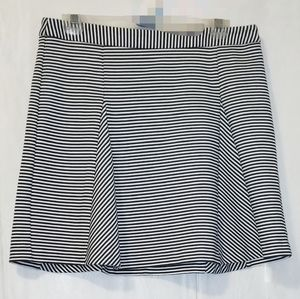 ❄️ Michael Kors Striped Quality Skater Skirt EUC